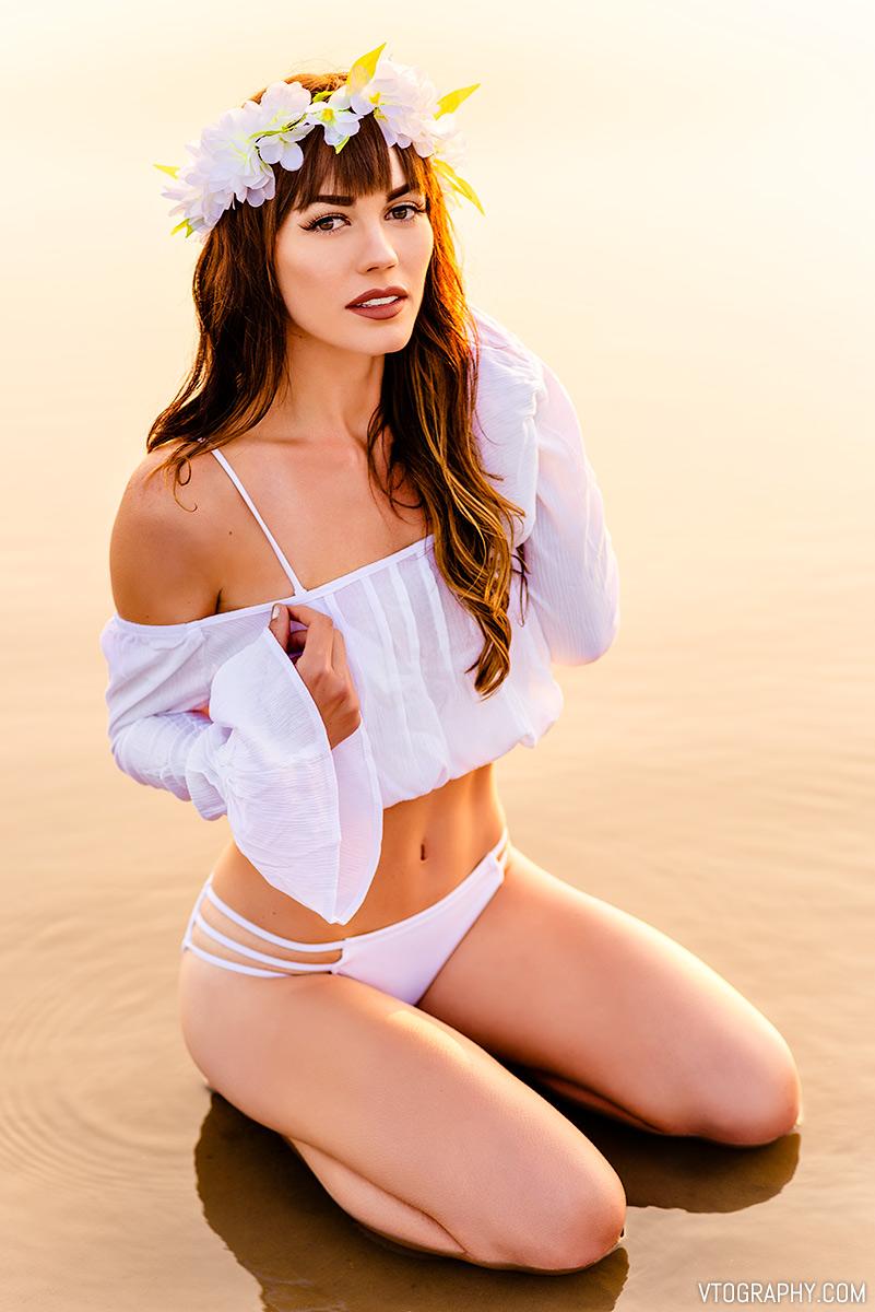 Ashley - bikini beach sunrise photo shoot