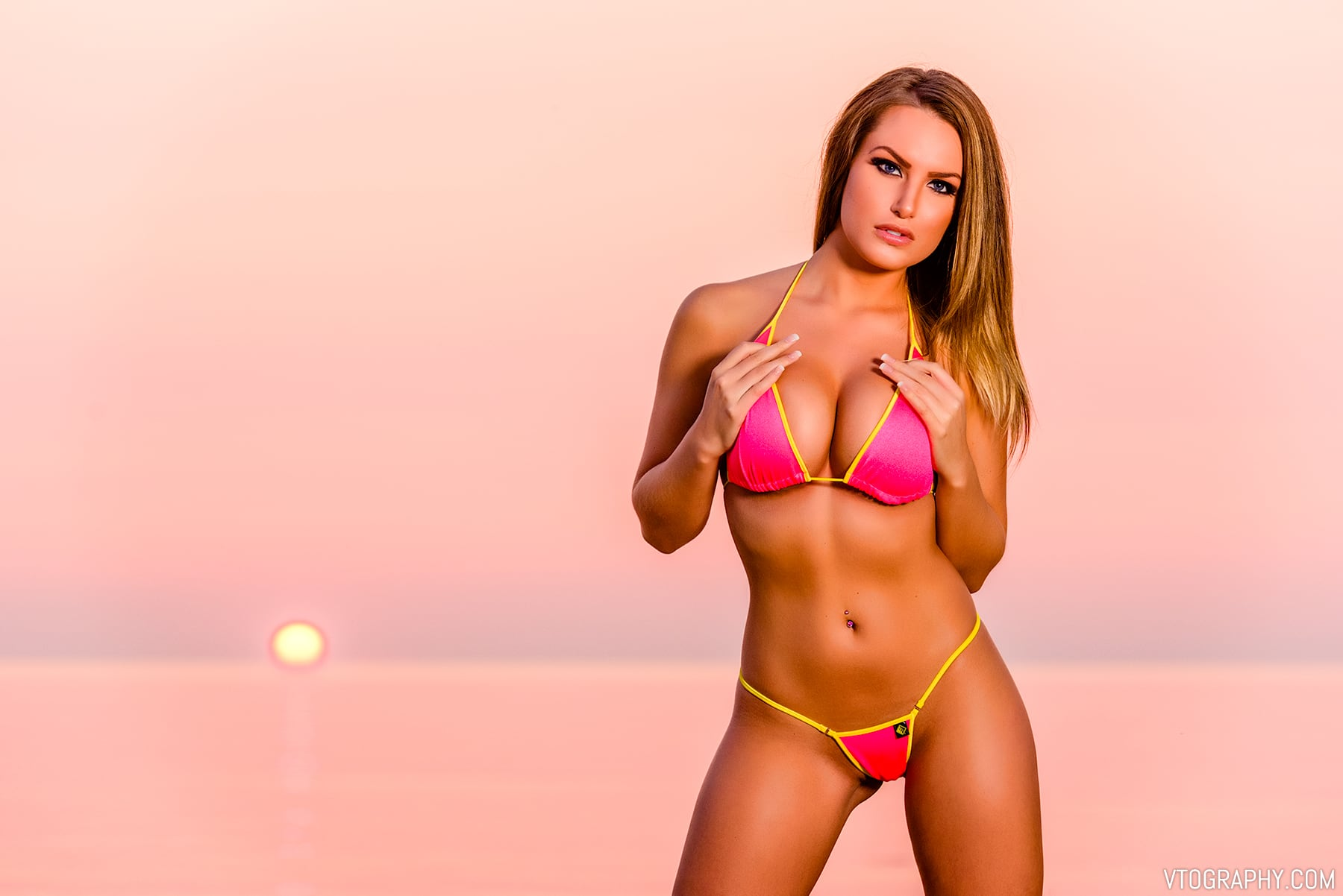 Bikini beach photo shoot with Samantha, photographed with Paul C. Buff Einstein monolight
